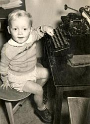 Me-and-a-typewriter.jpg